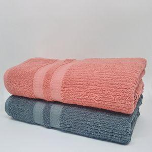kit-com-2-toalhas-de-banho-siena-cinza-e-rose