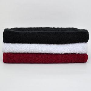 toalha-fitness-para-academia-branca-carmim-preta